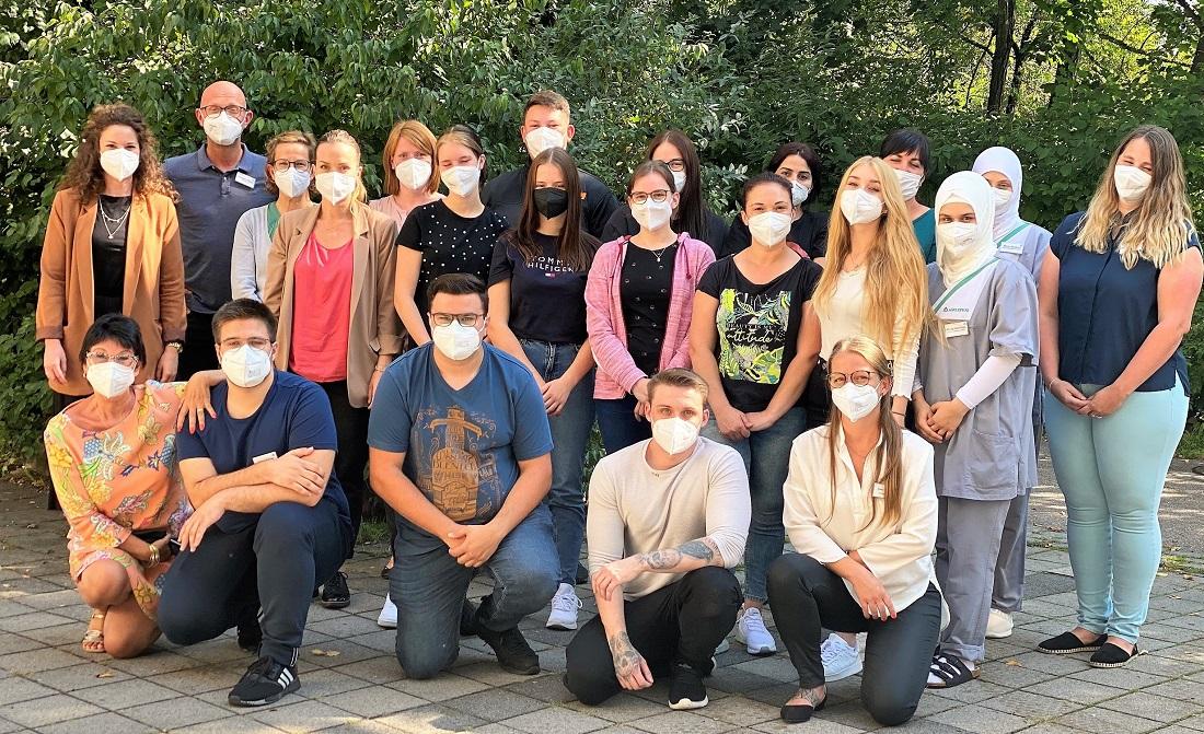 13 neue Auszubildende an der Asklepios Klinik im Städtedreieck
