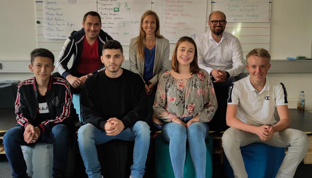 Together, we create! Vier neue Auszubildende bei KVT-Fastening/Bossard Deutschland